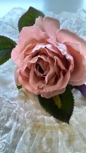 高級造花コサージュ