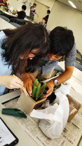 イベント出張多肉植物の寄せ植え教室